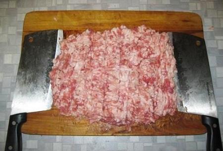 Фарш из свинины и говядины для пельменей