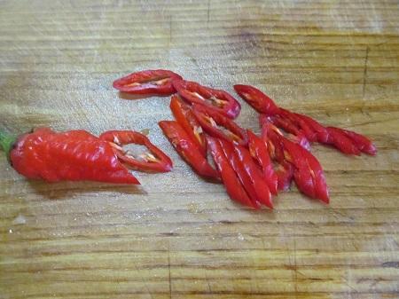 Красный соус на пельмени
